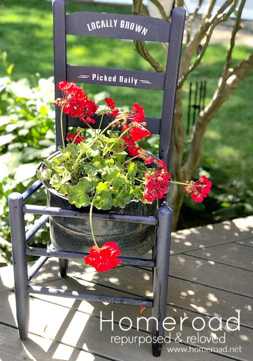 DIY Beautiful stenciled outdoor chair planter