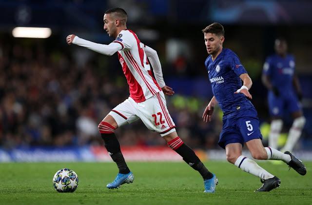 Giải Hà Lan nghỉ sớm, Chelsea hưởng lợi 2