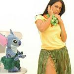 Andrea Rincon, Selena Spice Galeria 13: Hawaiana Camiseta Amarilla Foto 36