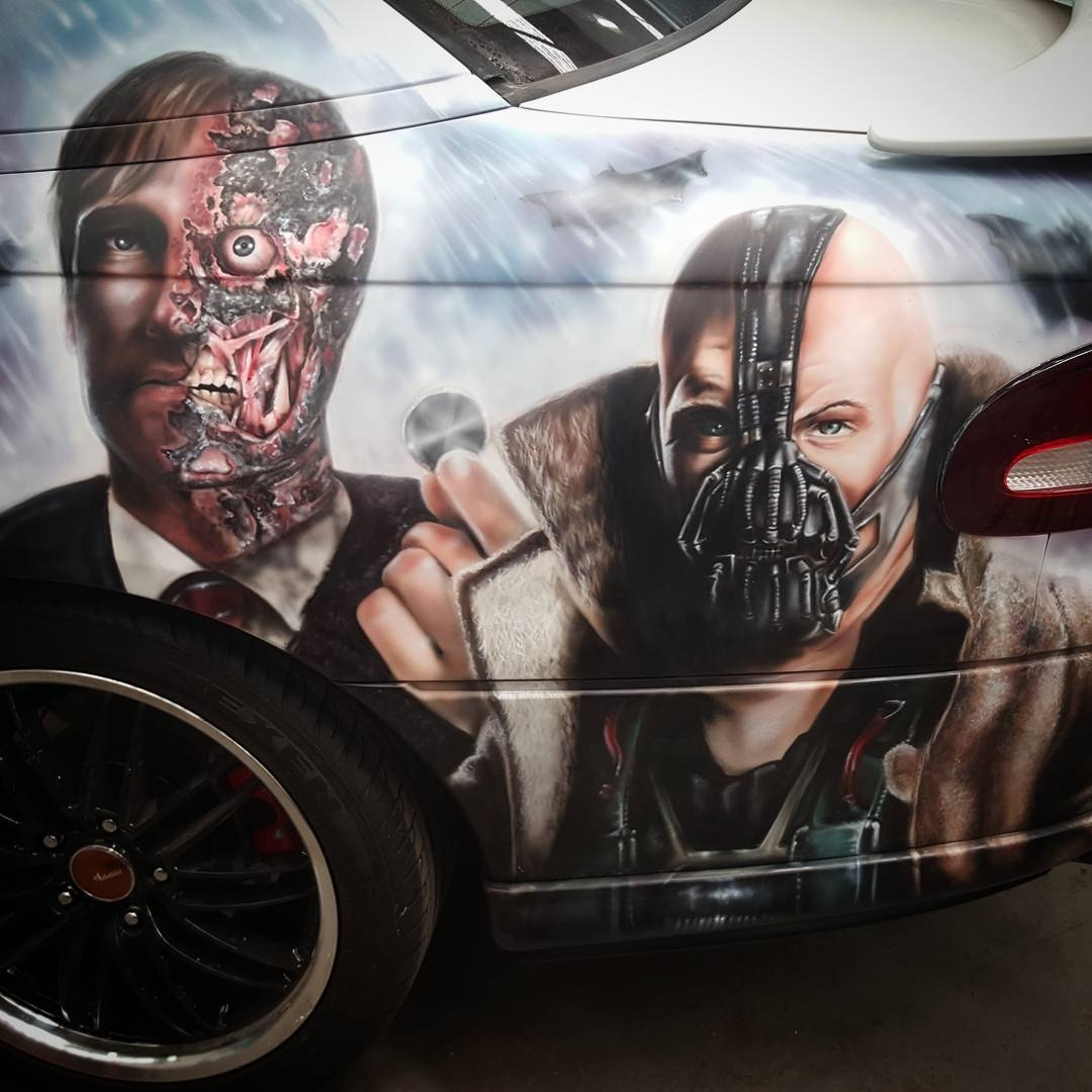 06-Harvey-Dent-And-Bane-Courtney-Georghiou-Art-Drawn-and-Airbrushed-and-Painted-in-an-Eclectic-Mix-www-designstack-co