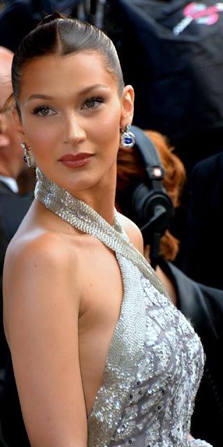 सुपरमॉडल बेला हदीद - Bella Hadid - The Most Beautiful Women / Girl in the World.