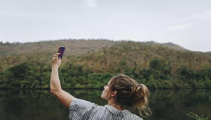 Sinyal Telkomsel Orbit ByU dan IndiHome Tidak Terjangkau Di Desa