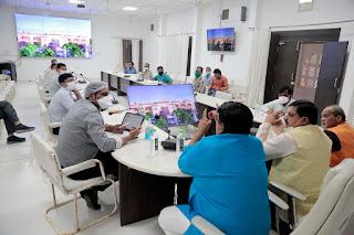 महाकालेश्वर मन्दिर क्षेत्र विकास योजना पर जनप्रतिनिधियों ने किया मंथन
