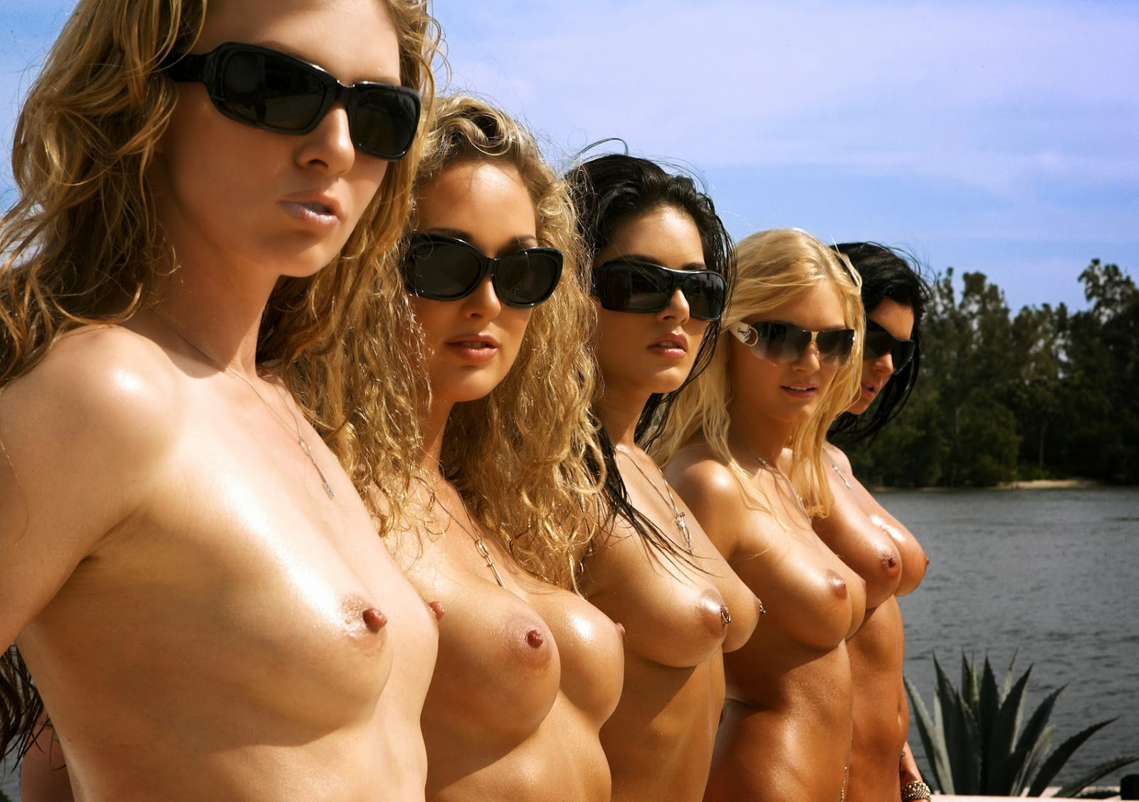Group Nude Females