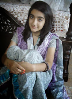 Cute real Indian girl pics, real college girl photo