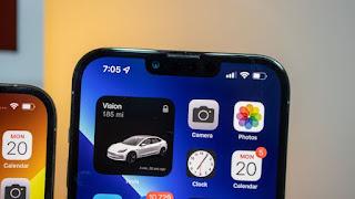 Phần notch trên iPhone 13 Pro Max nhỏ hơn so với iPhone 12 Pro Max. Ảnh: Jacob Krol / CNN