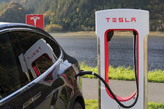Can tesla be charged at home