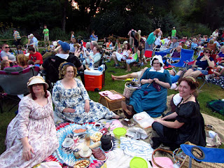 Last night, the Fort Worth Symphony's Concert in the Gardens series played the 1812 Overture! I attended with the DFW Costumers Guild, and we had a lovely picnic at the event! Read more about the evening in my latest blog post.   http://mistress-of-disguise.blogspot.com/2015/06/1812-overture-picnic-with-dfwcg.html