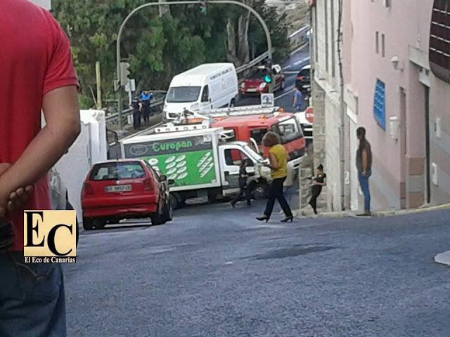 Persecución con disparos  en Tamaraceite, furgoneta Europan