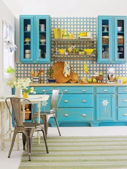 Αλλαγή ντουλαπιών κουζίνας – Χρώμα