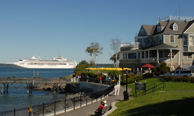 Cruise Ship in Bar Harbor, Maine - Copyright Arcadia National Park.com
