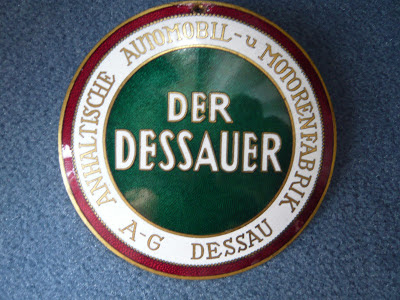 DER DESSAUER radiator emblem badge
