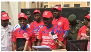 EFCC reveals how much physical cash Nigerians can carry to avoid arrest