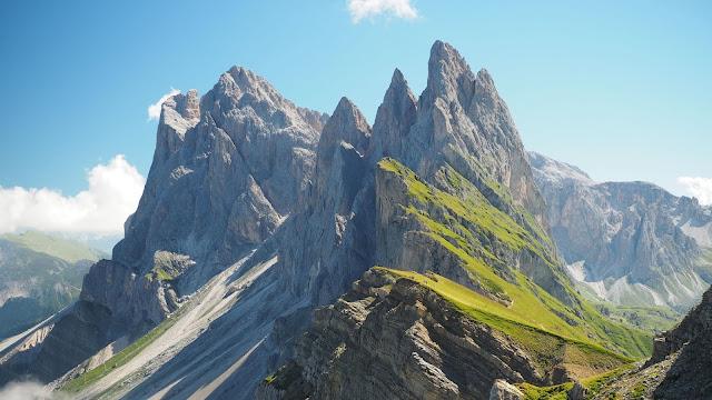 Mountain top wallpaper