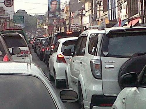 Macet jalan Sukajadi Bandung
