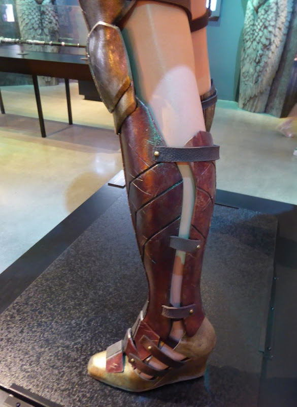 Wonder Woman costume boot Batman v Superman