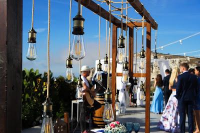 Fiesta de boda con música en vivo