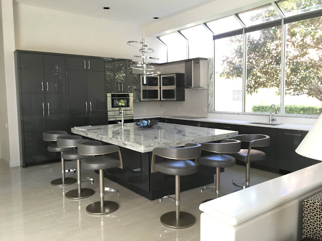 How Custom Kitchen Cabinets Can Transform Your Home
