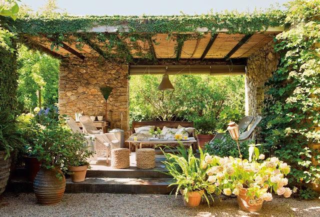 Casa de campo ubicada en el Empordà con un interior espectacular chicanddeco