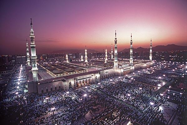 Worlds Incredible: Medina(The Prophet's Mosque)-Saudi Arabia