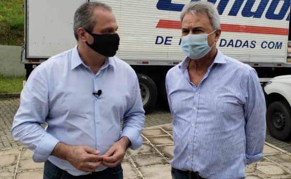 Condor doa cilindros de oxigênio e 2,5 toneladas de alimentos para Almirante Tamandaré