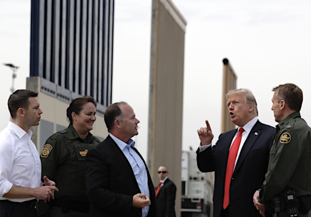 Trump Plans Border Visit Before State of the Union