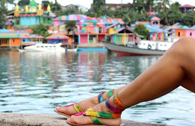 Tamara Chloé, Kei Islands, maluku, Tual, Rainbow Village, snake skin sandals