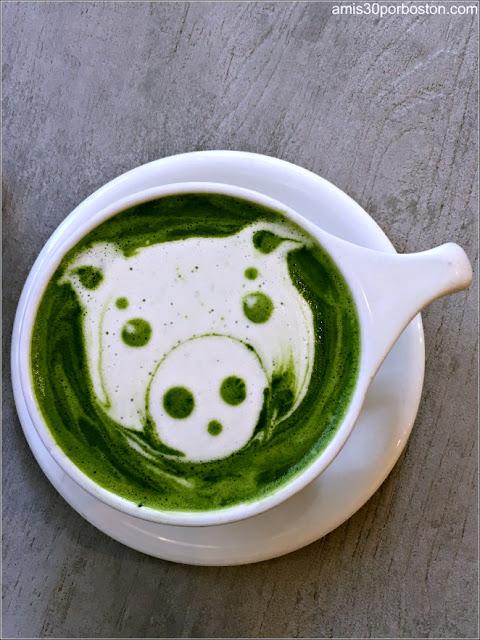 Ogawa Coffe: Matcha Latte con Diseño de Cerdito