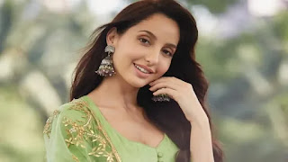 Nora fatehi donates PPE kits for healthcare workers