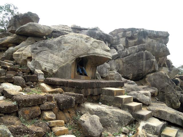 The Vyaghra Gumpha (Tiger Cave), Udayagiri caves, Bhubaneshwar