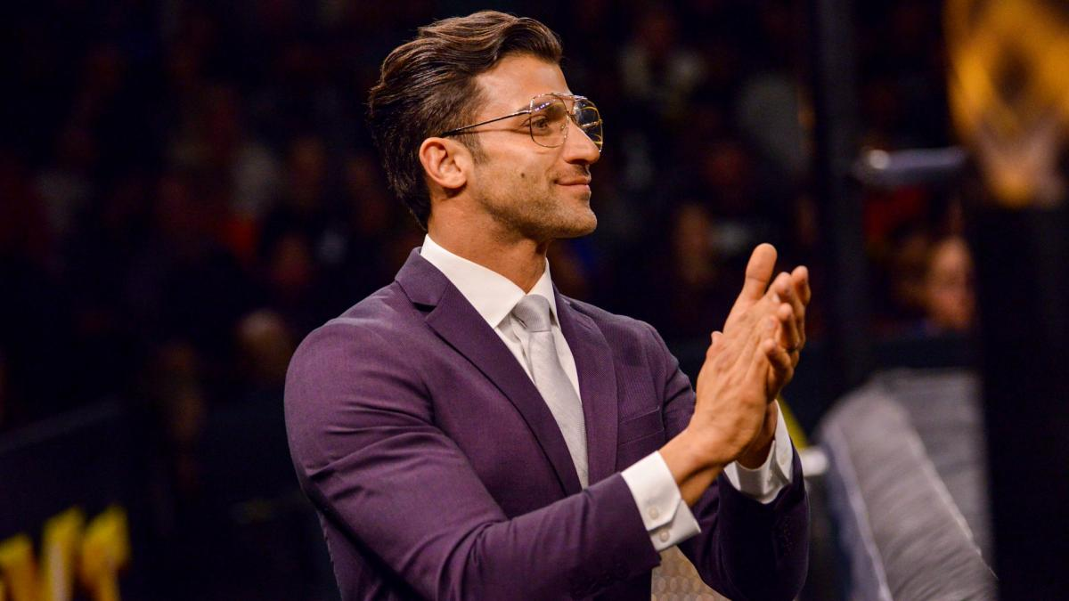 """Robert Stone estaria """"irritado"""" com sua posição no WWE NXT"""