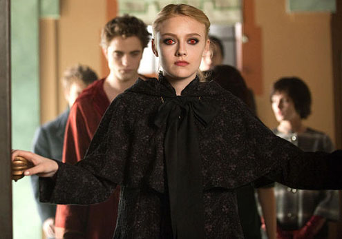 Dakota Fanning in The Twilight Saga: New Moon 2009 movieloversreviews.filminspector.com