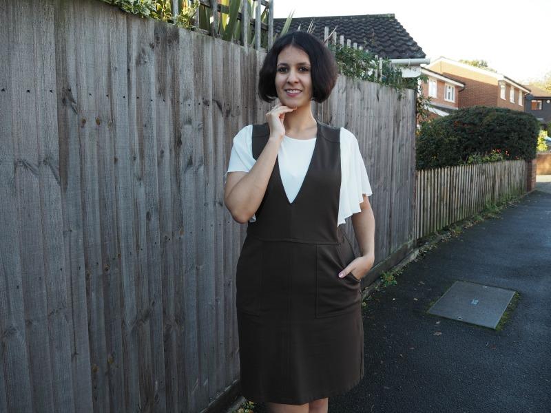 pinafore dress and ruffle sleeves