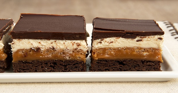 Caramel Crunch Brownies Recipe