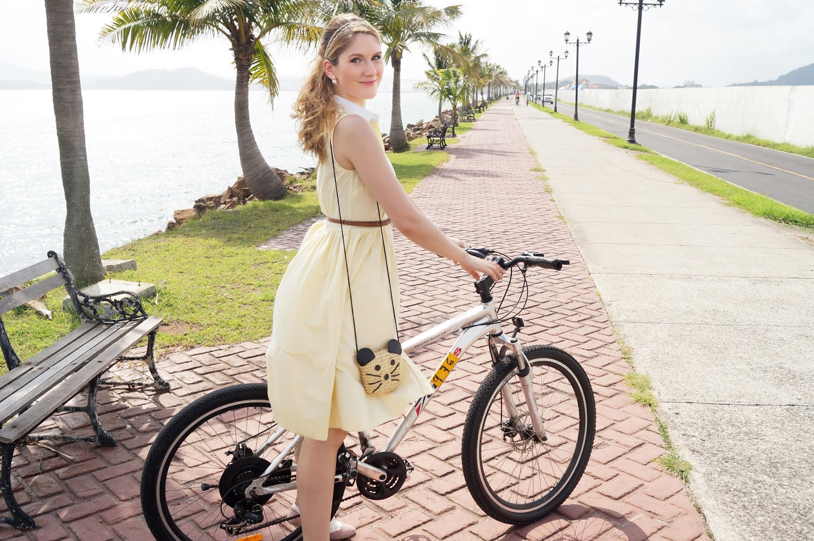 This retro outfit is perfect for a Summer bike riding date!
