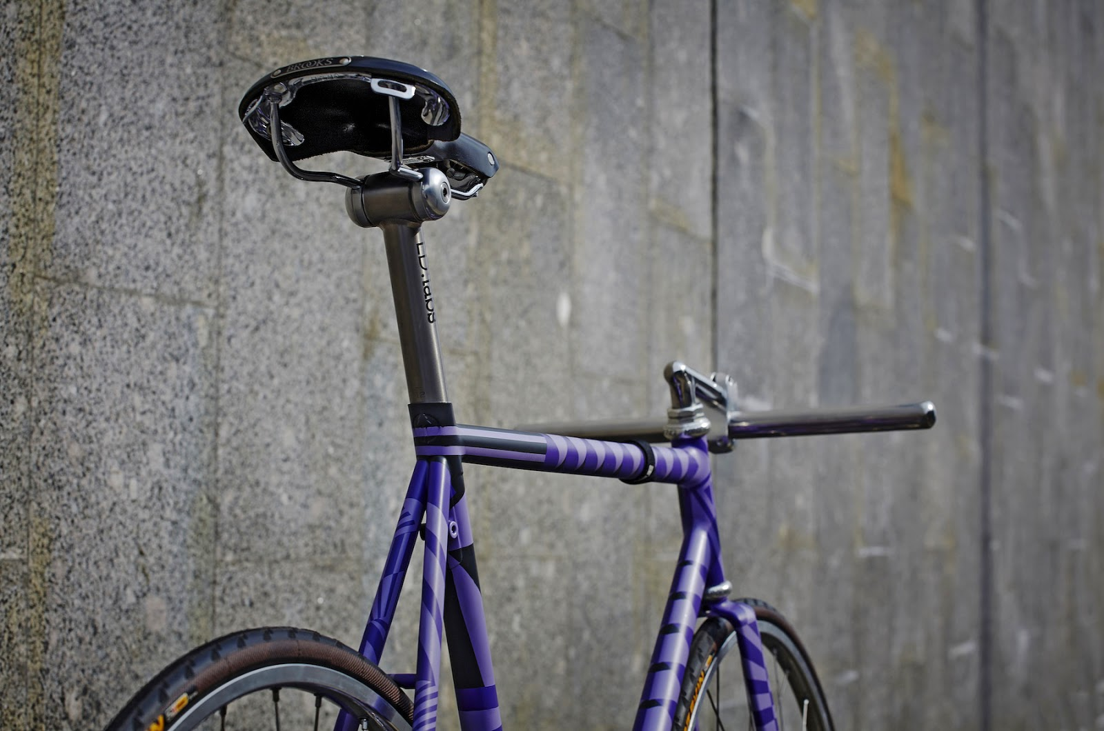 Mini Max Radness from Elka Bikes :: via Prolly Is Not Probably