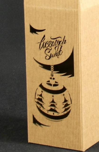 Świąteczne pudełka na wino