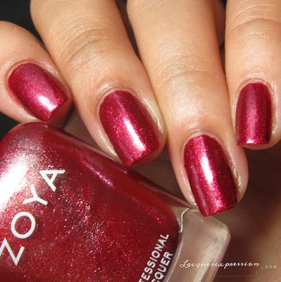 Nail polish swatch of Ash from the Fall 2016 Urban Grudge Metallic Holos collection by Zoya