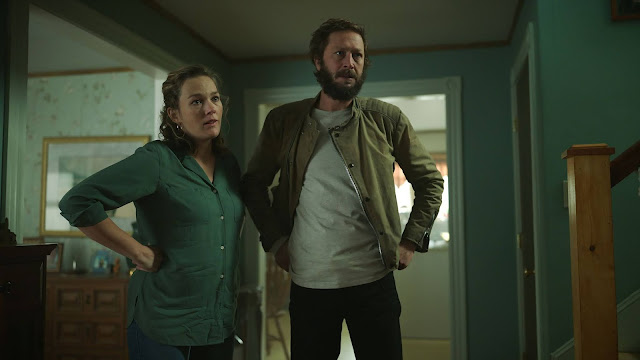 Virginia Kull and Eben Moss-Bachrach are Linda and Chris McQueen | NOS4A2 Chris McQueen | Season 2 episode 8