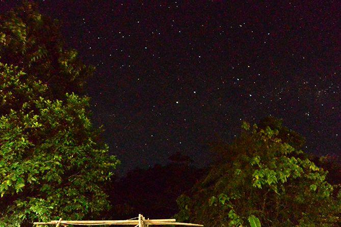 Latihan pertama memotret Milky Way depan rumah di Karimunjawa