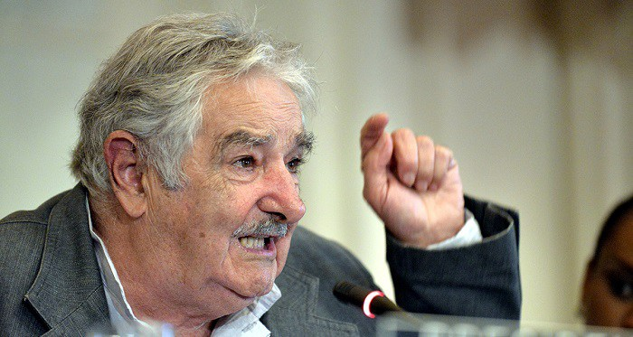'World's Poorest President' Clearly Explains Why It's MANDATORY To Kick Rich People Out Of Politics!