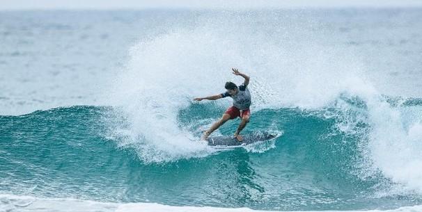 Peselancar Indonesia Rio Waida Melaju ke Babak 32 Besar Corona Open Meksiko 2021