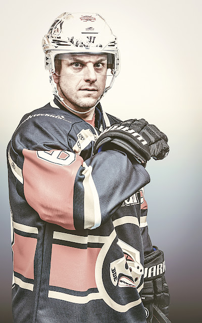 Portrait Eishockeyspieler der Black Dragons Erfurt vom Fotograf Michael Schalansky
