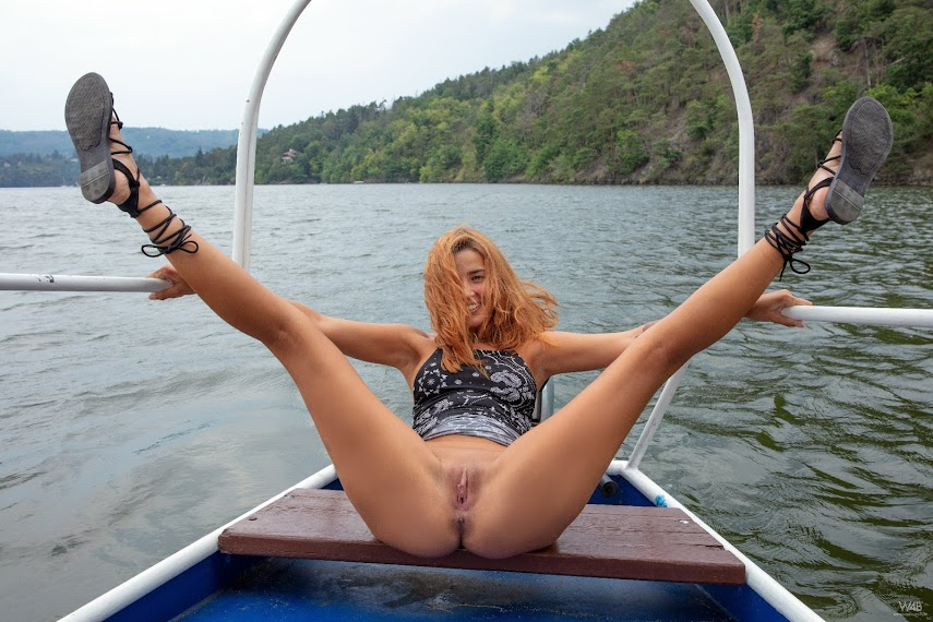 [Watch4Beauty] Agatha Vega - On The River 082362