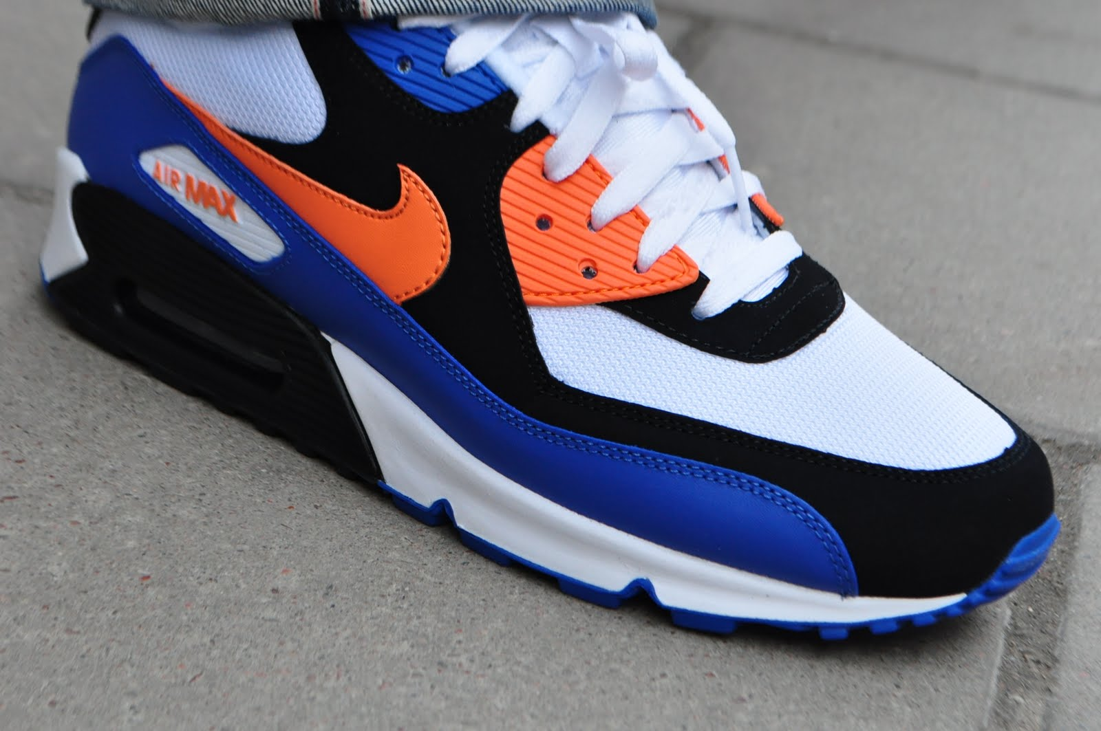 Erudito Estándar Viscoso  Six Feet Down: Nike Air Max 90 new colorways