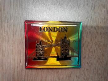 Dapat London Fridge Magnet Daripada Blogger Anies