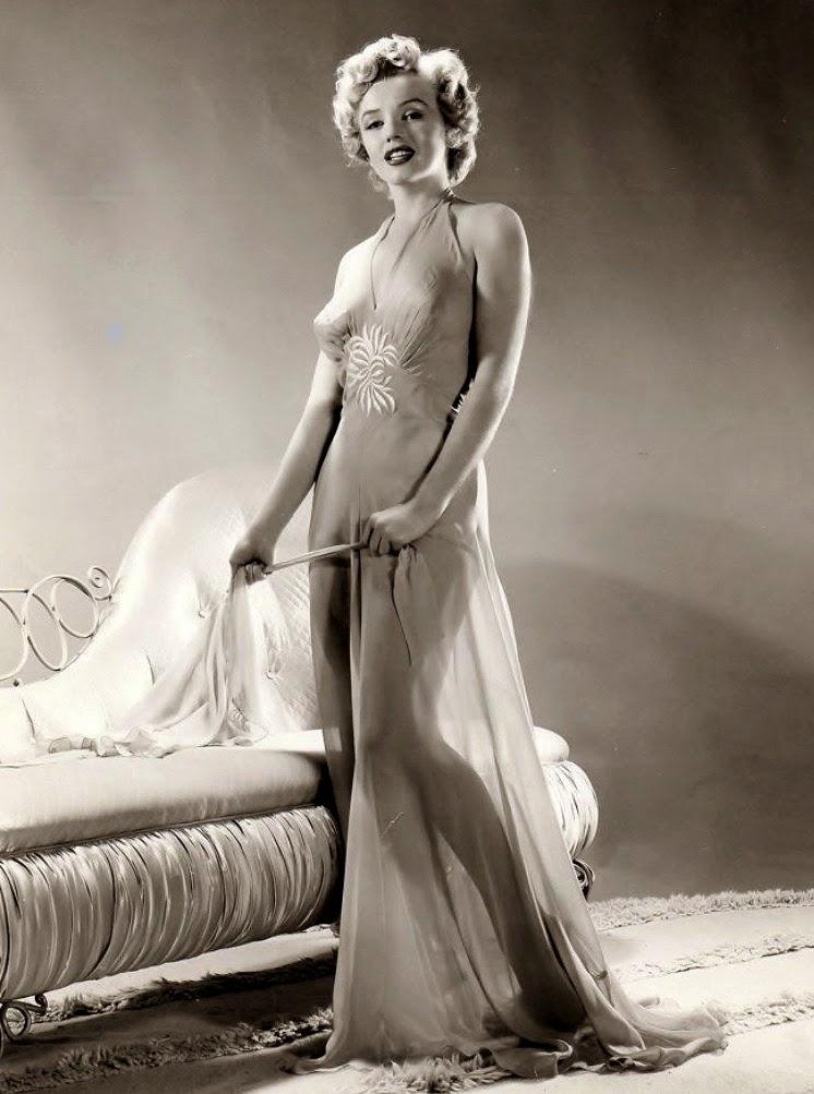 Celebrity Steven Kratochwill Nude Model Marilyn Pic