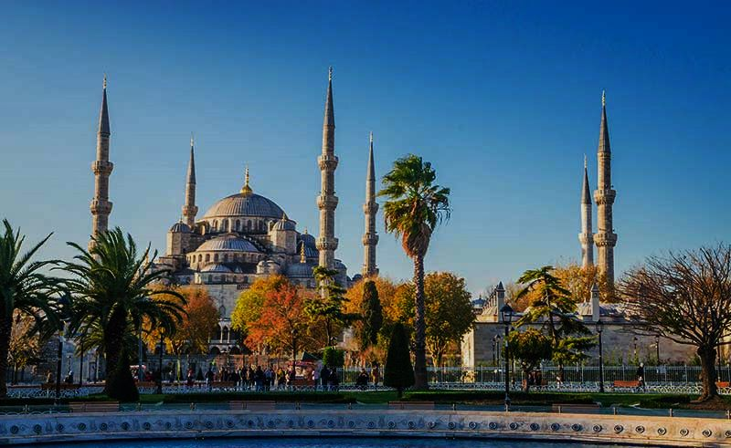 The-Blue-Mosque-Sultanahmet-Camii