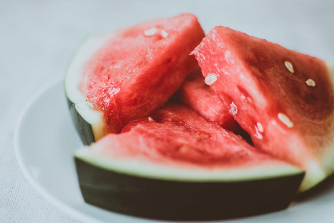 11 Manfaat Semangka yang Luar Biasa untuk Lapisan Kulit
