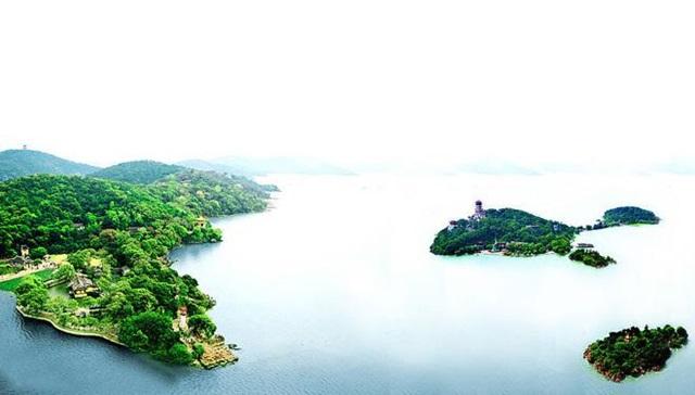 ทะเลสาบไท่หู (Lake Tai: 太湖) @ www.visitourchina.com